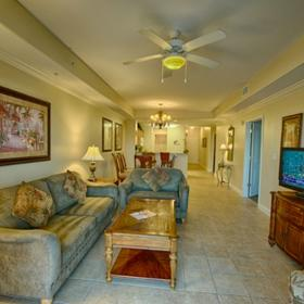 Blue Heron Beach Resort — Living Area