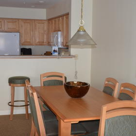 WorldMark Depoe Bay — Sample unit dining area and kitchen
