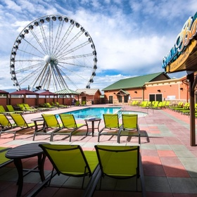 Margaritaville Island Hotel Pigeon Forge — Rooftop Pool