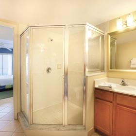 Wyndham Royal Vista Bathroom
