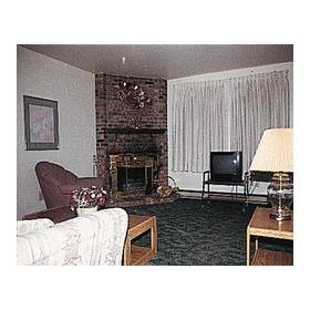 Chateau Rouge Lodge — Room at the