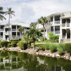 Sanibel Cottages — Exterior
