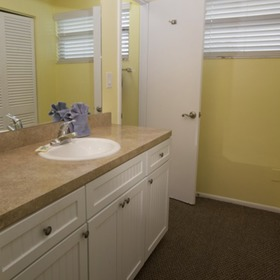 Siesta Sands Beach Resort Bathroom