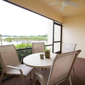 Harder Hall Lakeside Villas — Balcony