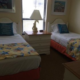 Hilton Grand Vacations Club (HGVC) Seawatch On-the-Beach — Guest Room