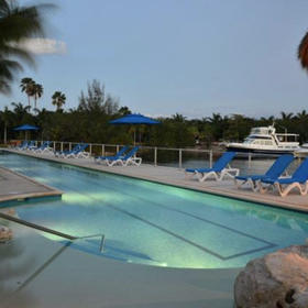 Porto Bello Grand Marina Pool