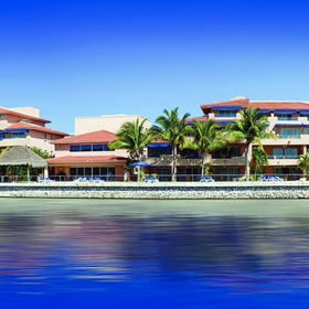 Porto Bello Grand Marina Exterior