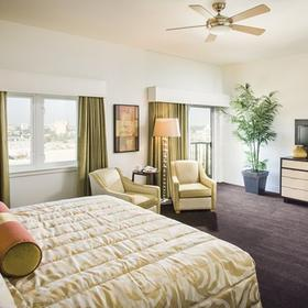 Wyndham Anaheim — Master Bedroom