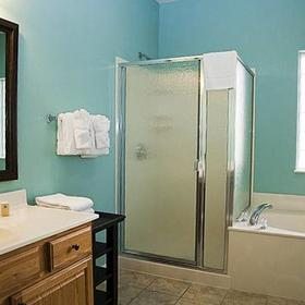 Palace View Resort by Spinnaker Bathroom