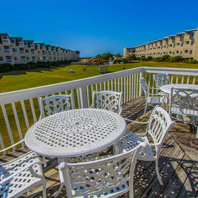 A Place at the Beach - Windy Hill — A Place at the Beach Sundeck