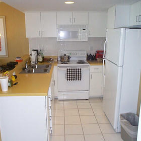 Villas at the Boardwalk - Unit Kitchen