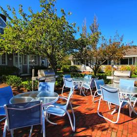Brant Point Courtyard — Grilling Area