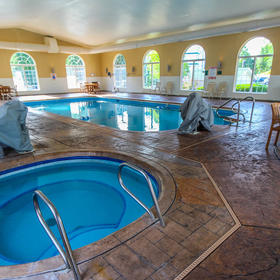 Carriage Place Resort — Hot Tub