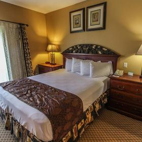 David Walley's Hot Springs Resort and Spa Bedroom