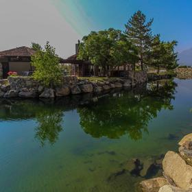 David Walley's Hot Springs Resort and Spa Lake