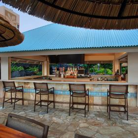 Marriott's Maui Ocean Club — Pool Bar