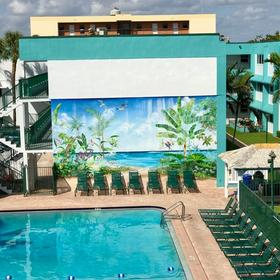 Surf Rider Resort Pool