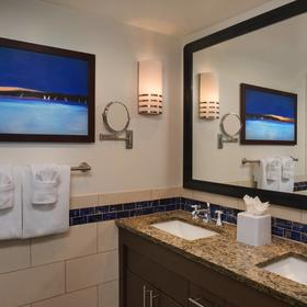 Marriott's Crystal Shores Bathroom