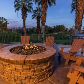 Marriott's Desert Springs Villas Firepit