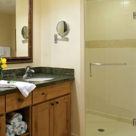 Marriott's Timber Lodge Tahoe Bathroom