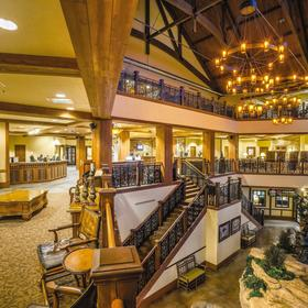 Wyndham Vacation Resorts at Glacier Canyon — Lobby