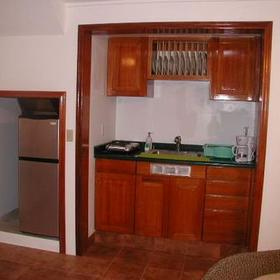 Panama Vacation Quarters - Unit kitchenette