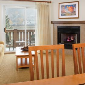 Marriott's StreamSide at Vail - Birch, Douglas, and Evergreen — Living Area