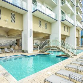 Ocean 22 by Hilton Grand Vacations (HGVC) — Pool