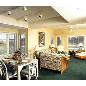 Tidewater Golf Club and Plantation - Unit Dining & Living Areas
