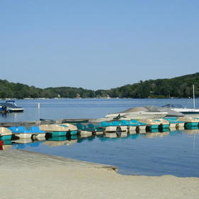 Split Rock Resort - Lake and Boat Rental Area