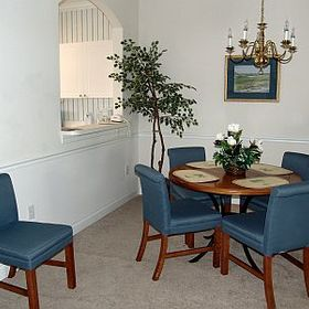 Barefoot Resort & Golf - Unit Dining Area