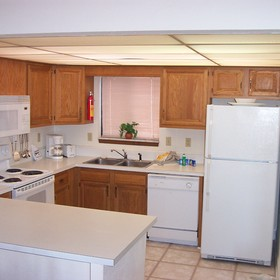 Wyndham Resort at Fairfield Harbour/Windjammer Villas — /Windjammer Villas - Unit Kitchen