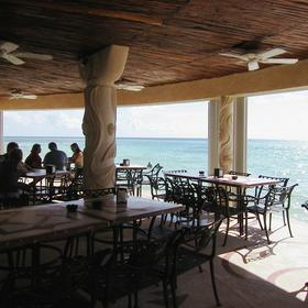 Sunset Fishermen Spa & Resort - Snack Bar