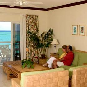 Alexandra Resort and Spa — - Unit Living Area