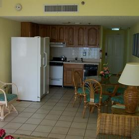La Cabana Beach Resort & Casino - Unit Dining Area & Kitchen