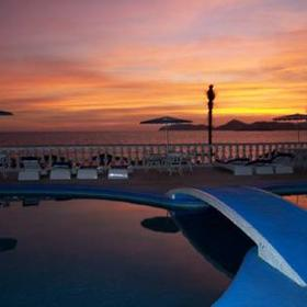 Lunada Suites - Sunset View From Pool