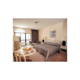 Room at Canico Bay Club
