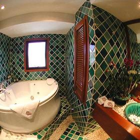 Bathroom 2 at the QVC @ Andaman Beach Resort