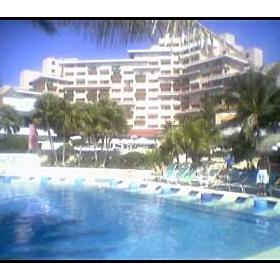 Omni Cancun Hotel and Villas - Pool