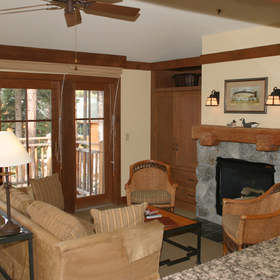Hyatt High Sierra Lodge - Unit Living Area