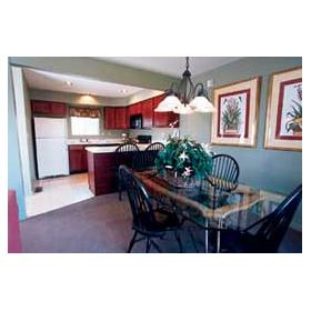 Pocono Mountain Villas - Unit Dining Area
