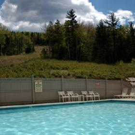 Grand Summit Resort Hotel - Heated Pool