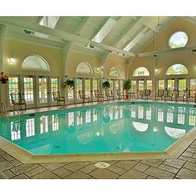 Wyndham Kingsgate - indoor pool