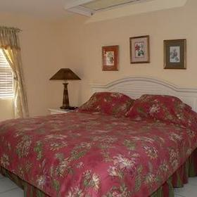 Sunrise Beach Club & Villas - Unit Bedroom