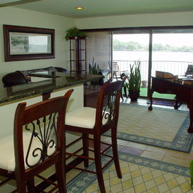 The Landing at Seven Coves - Unit Dining Area