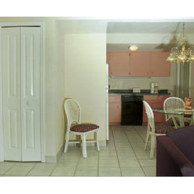 Plantation Island - Kitchen & Dining Areas