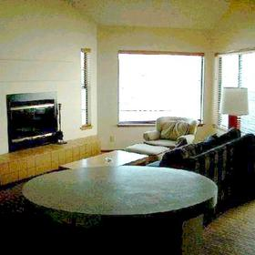 Peterson's Waterfront Resort — - Unit Living Area