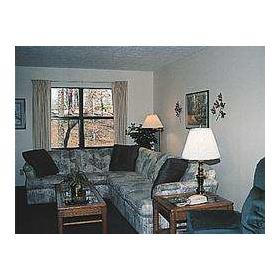 Room at Pinecrest Townhomes