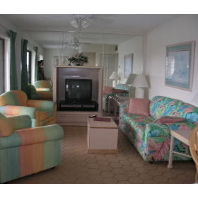 Coral Reef Beach Resort - Unit Living Area