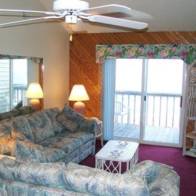 Barrier Island's Ocean Pines Beach - Unit Living Area